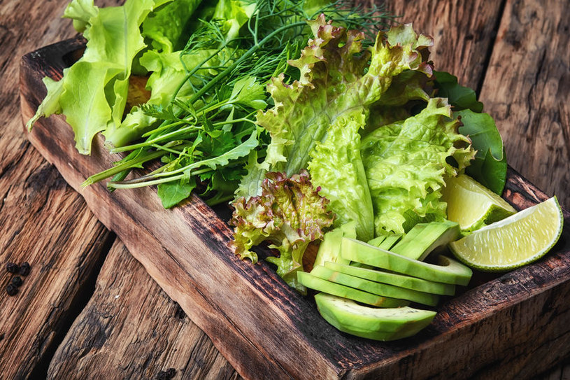 Zielone warzywa zawierają chlorofil, najcenniejszą broń w walce o zdrowie /123RF/PICSEL