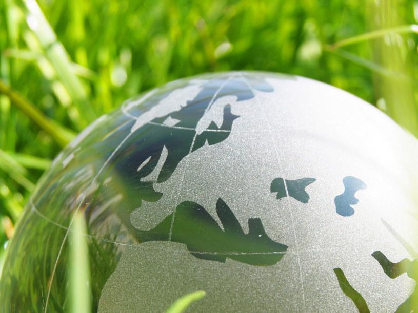 Ziemia niedługo rozwiąże z nami umowę barterową, a my nie rozpoczęliśmy jeszcze negocjacji z inną planetą /- /123RF/PICSEL