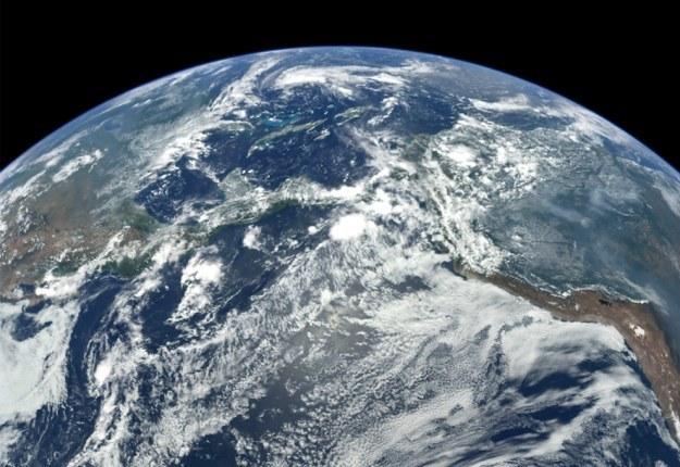 Ziemia pełna życia /NASA