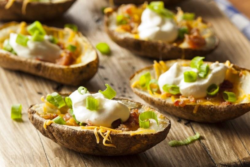 Ziemniaki faszerowane /©123RF/PICSEL