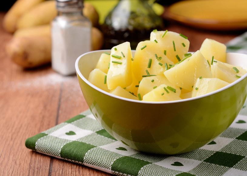Ziemniaki jedzone na zimno nie tuczą! /123RF/PICSEL