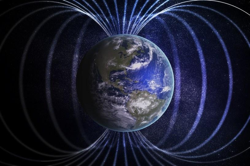 Ziemskie pole magnetyczne zmienia się szybciej niż myśleliśmy /123RF/PICSEL