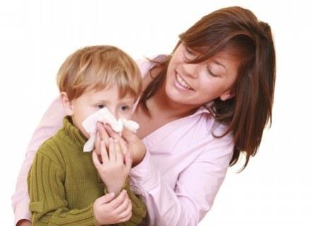 Zimą częściej myślisz o uzupełnieniu diety dziecka w dodatkowe witaminy, sprawdź, czy to konieczne /ThetaXstock