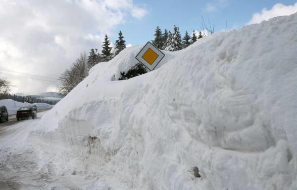 Zima nie odpuszcza prawie w całej Europie /AFP