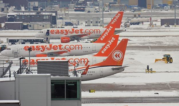 Zima paraliżuje ruch lotniczy w Europie /AFP