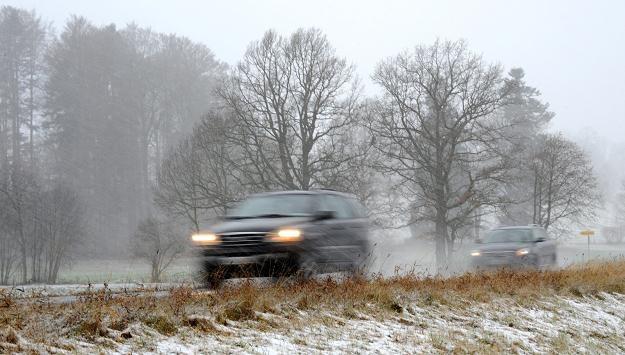 Zima przypuściła pierwszy atak /AFP
