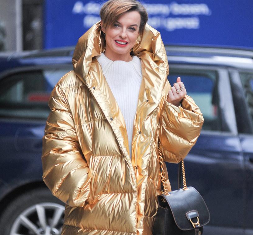 Zimą szczególnie istotny jest również wybór tkanin naszych ubrań /East News
