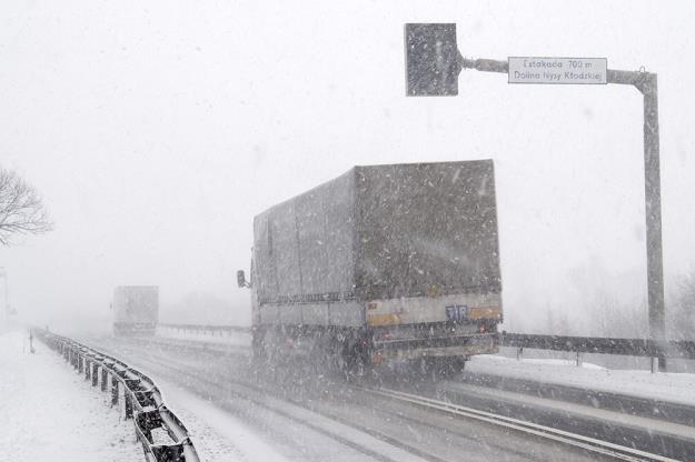 Zima tym razem nie zaskoczy drogowców? Fot. PRZEMYSŁAW ZIEMACKI /Agencja SE/East News