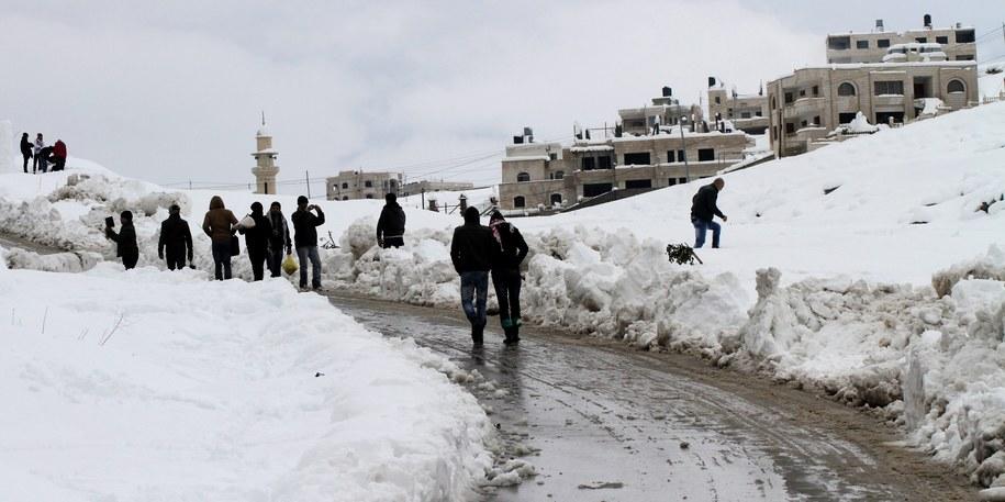Zima w Izraelu /ALAA BADARNEH  /PAP/EPA