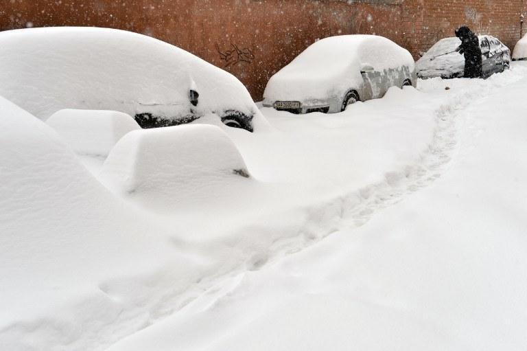 Zima w Kijowie /AFP