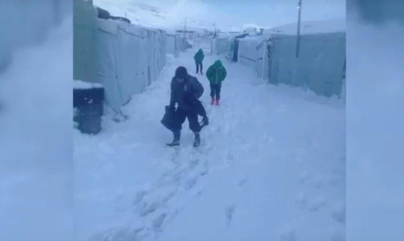 Zima w obozowisku w Arsal w Libanie /PCPM /