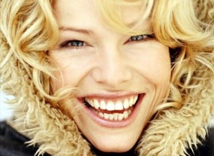 Zimą zwróć szczególną uwagę na pielęgnację twarzy i włosów /INTERIA.PL