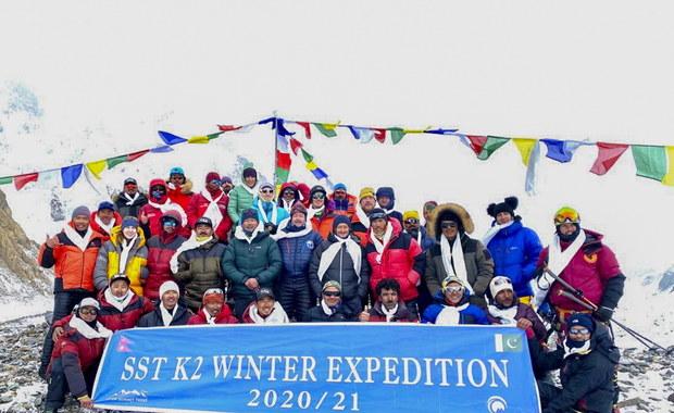 Zimowe wejście na K2. Wszyscy zdobywcy szczytu są już bezpieczni w bazie