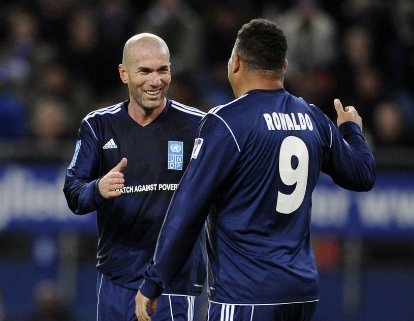 Zinedine Zidane i Ronaldo wystąpią w drużynie gwiazd /AFP