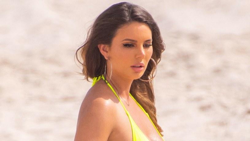 Zita Vass nie należy raczej do grona nieśmiałych modelek. Uwielbia pozować w bikini /Splashnews /East News