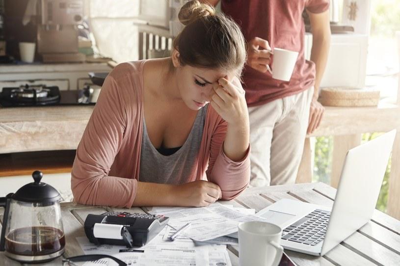 Złą informacją dla samozatrudnionych i mikro- przedsiębiorców jest fakt, że składka nie będzie mogła być odliczona od podatku /123RF/PICSEL