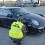 Złapani w kradzionym Porsche Carrera 4
