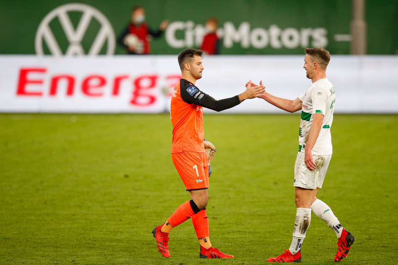 Zlatan Almoerović i Mario Maloca po zwycięskim meczu Lechii Gdańsk z Piastem Gliwice /Wojciech Figurski / newspix /Newspix