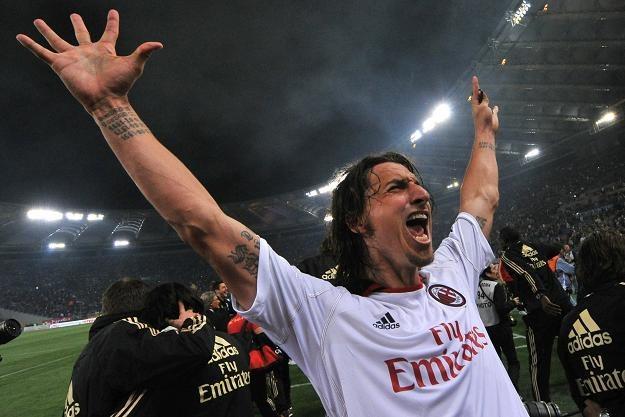 Zlatan Ibrahimović cieszy się ze zdobycia mistrzostwa Włoch /AFP