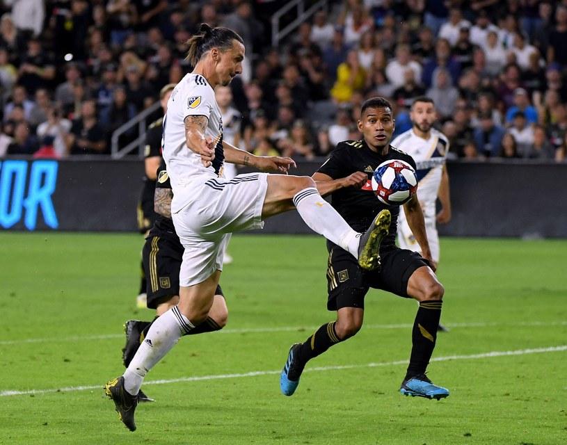 Zlatan Ibrahimović (na pierwszym planie) /AFP