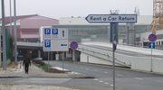 Źle oznakowana droga na parking przy Lotnisku im. Chopina