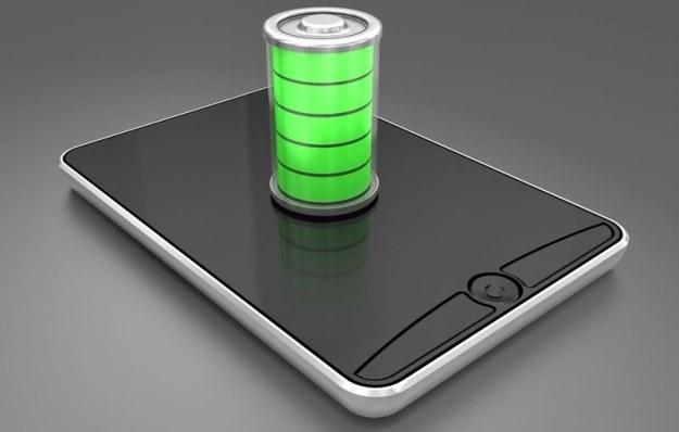Źle zoptymalizowane oprogramowanie szybciej rozładowuje baterię /123RF/PICSEL