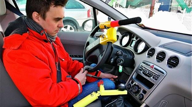 Złodziei warto zaskakiwać solidnymi, niestandardowymi i mechanicznymi blokadami. /Motor