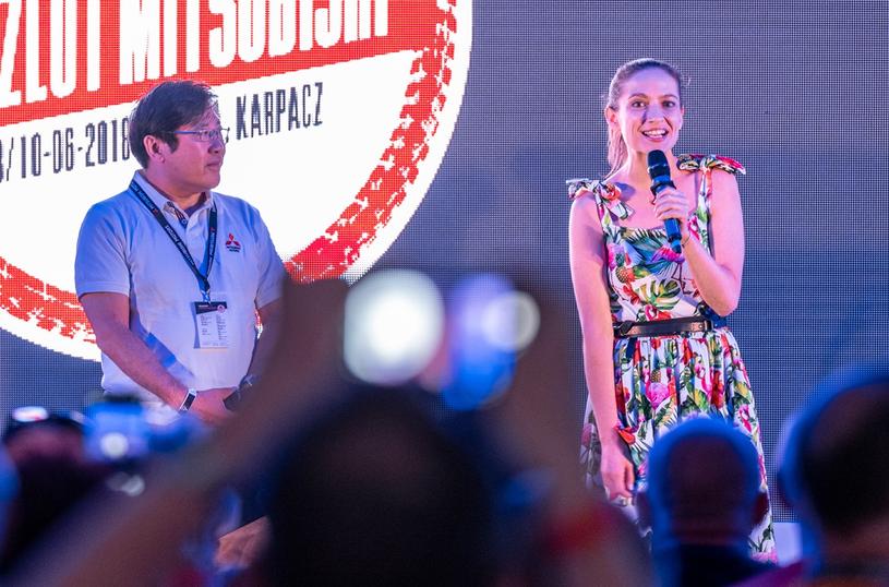 Zlot rozpoczął się od powitania uczestników przez prezesa Mitsubishi i ambasadorkę marki /