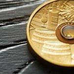 Złota moneta z najstarszą whisky na świecie wchodzi na rynek