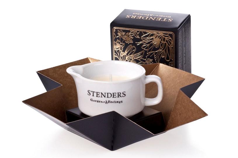 Złota świeca do masażu marki Stenders /materiały prasowe