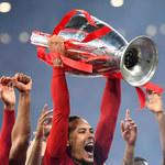 Złote iPhone'y dla piłkarzy Liverpoolu