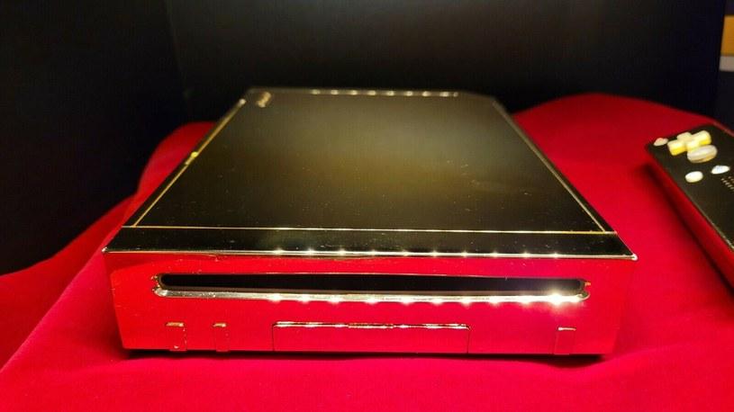 Złote Nintendo Wii / fot. eBay /materiały źródłowe
