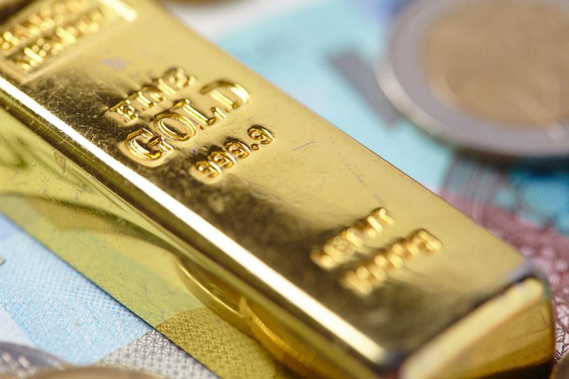 Złoto będzie drożeć - przewidują analitycy /123RF/PICSEL