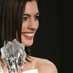 Złoty Glob dla Anne Hathaway?
