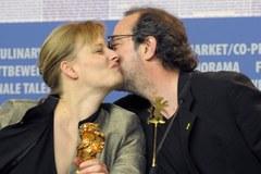 """Złoty Niedźwiedź dla filmu """" Miód"""". Srebrny dla Polańskiego"""