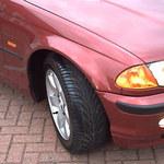 """""""Złoty strzał"""" w czerwone BMW"""