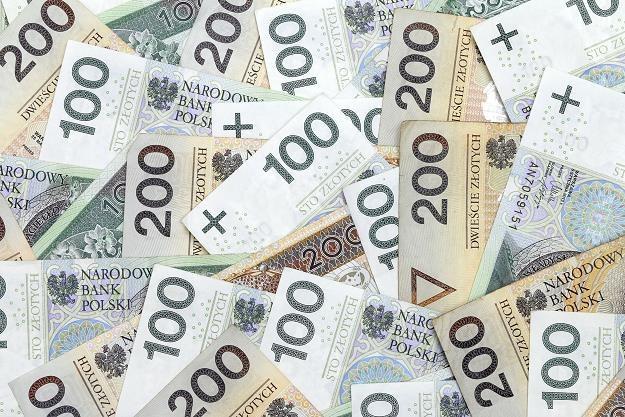 Złoty wyraźnie słabszy, 4.40 zł za euro barierą? /©123RF/PICSEL
