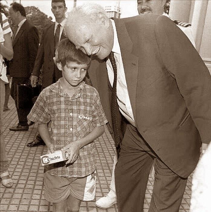 Zmarł były prezydent Węgier Arpad Goencz /AFP