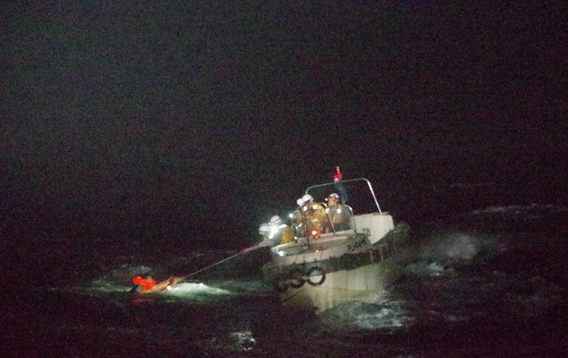 Zmarł marynarz uratowany wcześniej tego dnia z załogi frachtowca