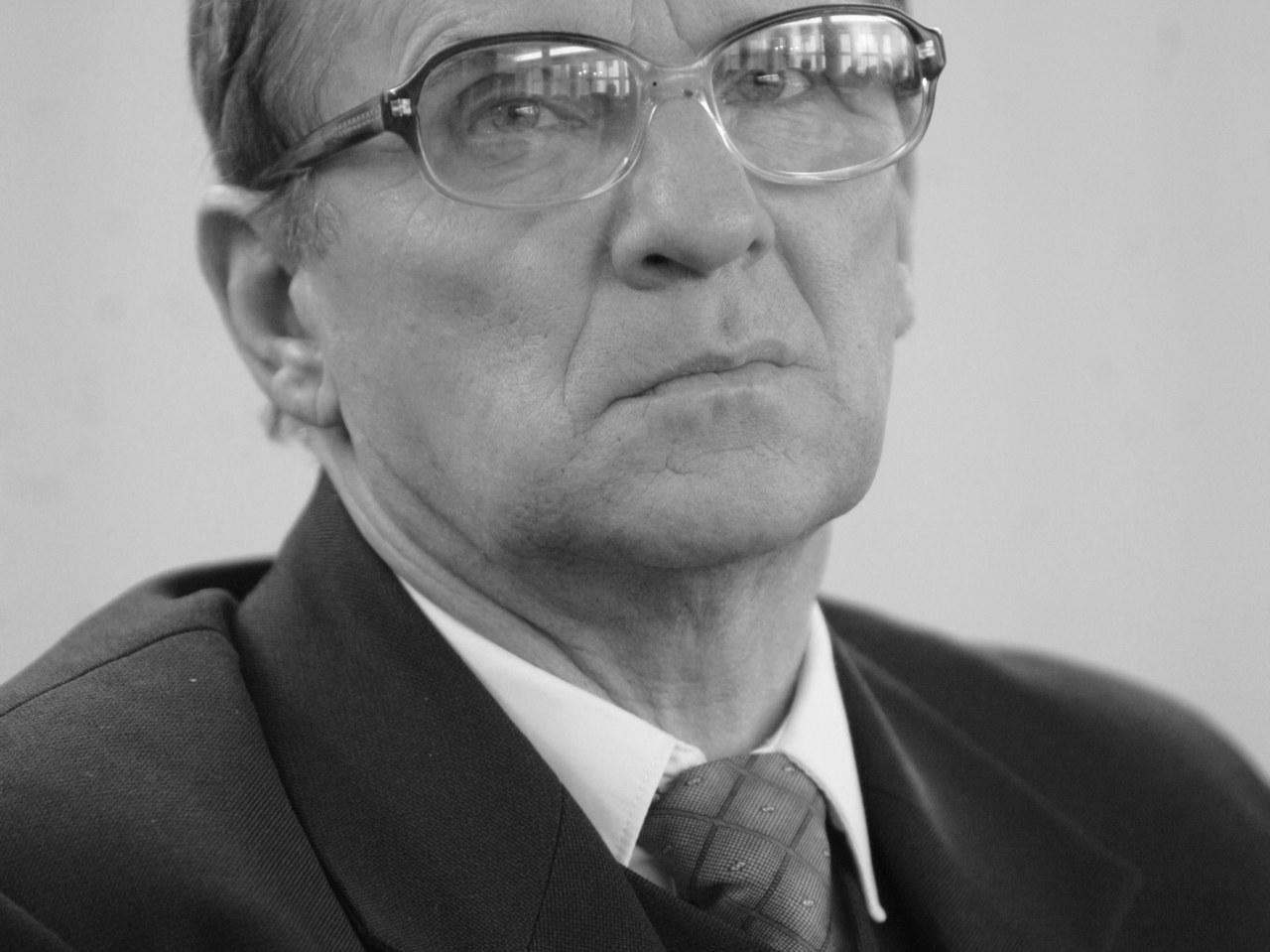 """Zmarł Roman Bartoszcze - były poseł i założyciel """"Ojcowizny"""""""