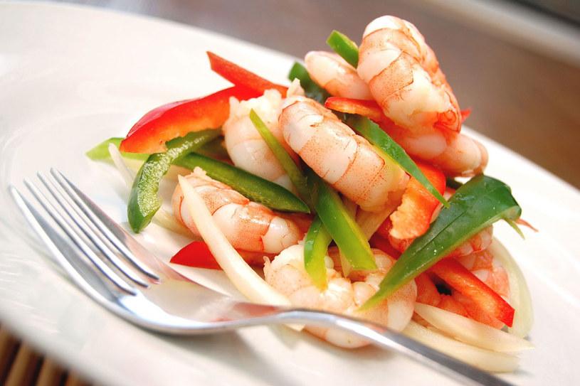 Zmiana nawyków żywieniowych pozwoli ci obniżyć cholesterol bez lekarstw /123RF/PICSEL
