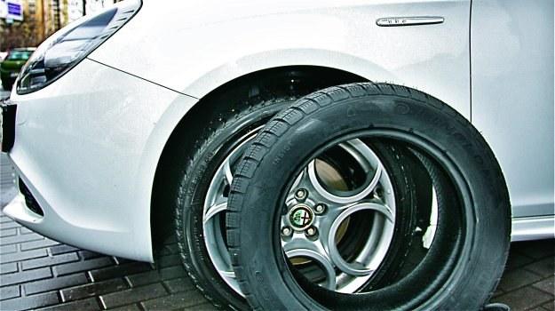 Zmiana rozmiaru kół nie zawsze przekłada się na niższe zużycie paliwa. /Motor