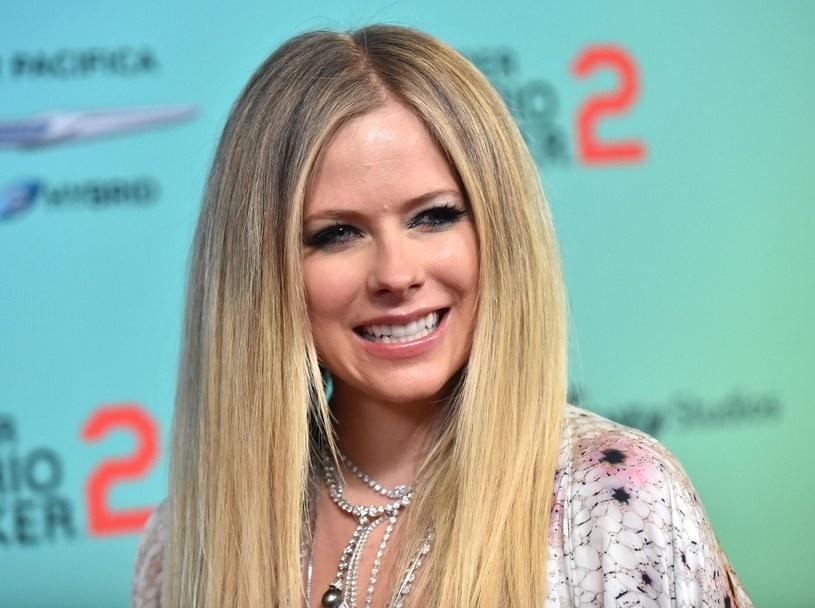 Zmiana zdjęcia profilowego Avril Lavigne w mediach społecznościowych wywołało spore poruszenie wśród jej fanów /Rex Features /East News