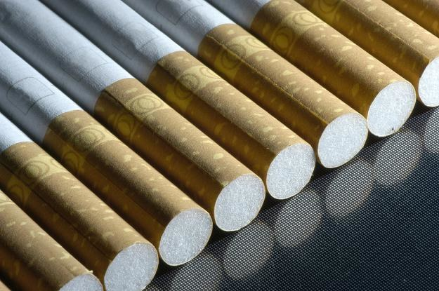Zmiany ostrzeżeń na papierosach mogą kosztować handel 200 mln zł /© Panthermedia