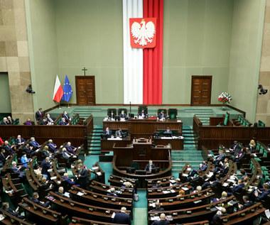 Zmiany w OFE: To prawo przechodzi przez machinę parlamentarną