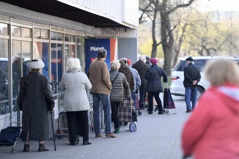 Zmieni się limit wejść do sklepów /Mateusz Jagielski /East News
