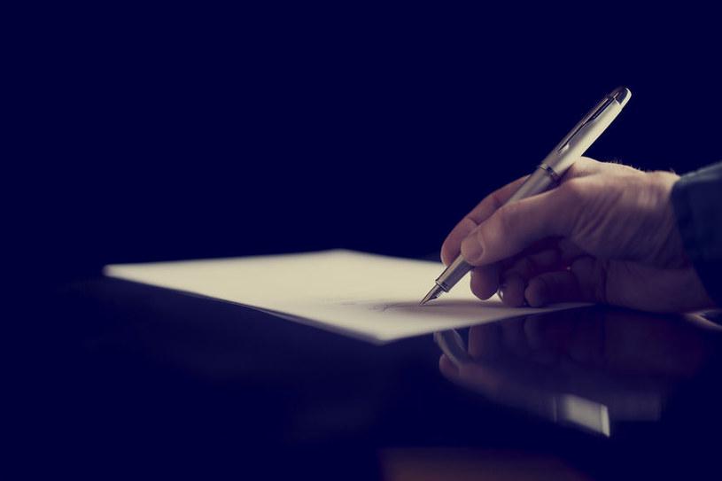 Zmieniają się przepisy dot. podatku od spadków i darowizn /123RF/PICSEL