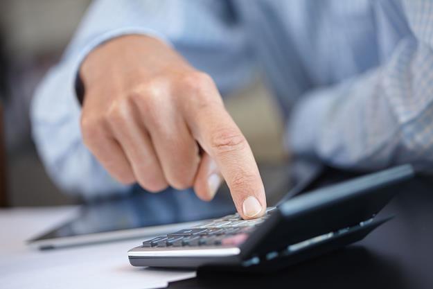 Zmieniają się zasady ubezpieczeń kredytów gotówkowych /©123RF/PICSEL