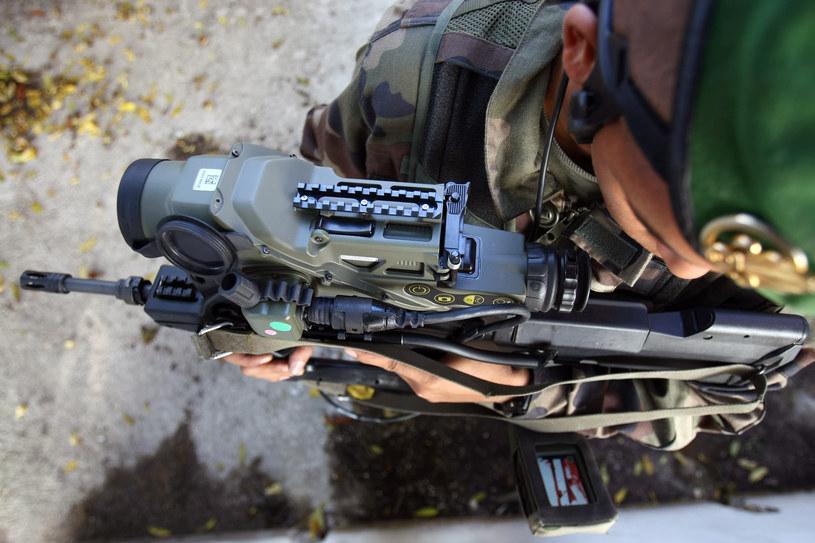Zmodernizowany Felin – być może już z następcą FAMAS-a - będzie trzonem wyposażenia spieszonego piechura nowych grup bojowych (taktycznych) Projektu Skorpion /AFP