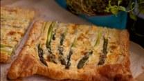Zmysłowe smaki: Tarta ze szparagami